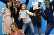 Po absolvování jazykového kurzu obdrží studenti závěrečný certifikát