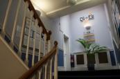 Prostory školy jsou čisté a typicky anglické, CES Leeds