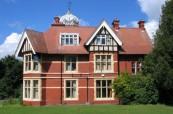 Historická budova jazykové školy ELC v Loxdale