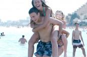 Plážové aktivity jsou oblíbenou zábavou pro všechny studenty