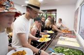 Velkou výhodou letního jazykového kurzu jsou teplé obědy podávané ve škole