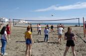 Plážový volejbal je jednou z oblíbených aktivit