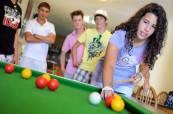 Studenti letního kurzu pro mládež během odpoledních aktivit BELS Malta