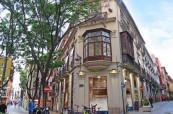 Budova jazykové školy International House ve Valencii, Španělsko