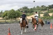 Ke kurzu angličtiny je možné dokoupit si lekce jízdy na koni, BSC Cheltenham