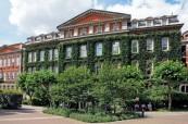 Kampus školy v centru Londýna, kde probíhá výuka studentů na letním kurzu angličtiny pro mládež, pokud si zvolí ubytování v rezidenci, BSC London
