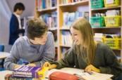 Studium v knihovně BEET Bournemouth
