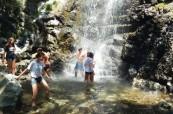 Jednou z oblíbených exkurzí je výlet ke Caledonian Falls, kde se studenti mohou i vykoupat, English in Cyprus, Kypr