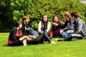 Mezinárodní studenti s anglickými studenty navazují přátelství mnohdy na celý život, Brockenhurst College Anglie
