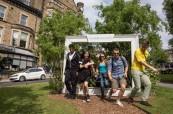 Studenti angličtiny při procházce po městě Centre of English  Studies