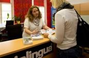 Recepce školy Inlingua Salzburg v Rakousku je studentům kdykoliv k dispozici