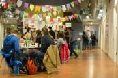 Studenti si mohou ve škole zakoupit i občerstvení ve školní kantýně, Atlantic Language Galway, Irsko