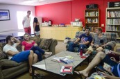 Ve škole mají studenti k dispozici odpočinkové prostory, kde mohou relaxovat po výuce angličtiny nebo o přestávkách, LAL Fort Lauderdale Florida USA
