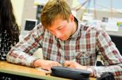 Brockenhust College - střední škola v Anglii má speciální programy pro mezinárodní studenty