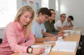 Studenti jazykového kurzu na škole LAL Cape Town v JAR během výuky angličtiny