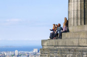 Edinburgh je skvělá destinace pro studenty, kteří se chtějí naučit anglicky a zažít skvělé prázdniny, Mackenzie School of English