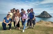 Studenti jazykového kurzu během výletu po okolí, TIS Torquay