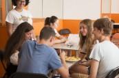 Studenti anglického jazyka po výuce angličtiny, EC St. Julian's Malta