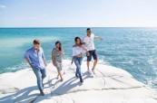 Studenti během procházky po městě Limassol, English in Cyprus, Kypr