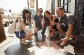 Studenti jazykového kurzu angličtiny při procházce po Los Angeles USA