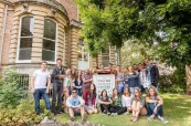 Společné foto studentů ELC Bristol