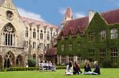 Krásný historický kampus, kde probíhá výuka angličtiny, BSC Cheltenham