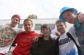 Studenti před školou Concorde International v Canterbury