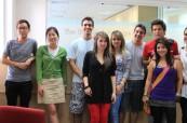 Studenti na zahraničním jazykovém kurzu na škole ELC Brighton