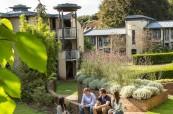 Druhou variantou ubytování je využití studentské rezidence