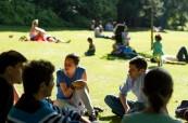 Studenti anglického jazyka mají v oblibě krásné parky v Edinburghu