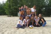 Studenti německého jazyka při plážových aktivitách, Inlingua Berlín, Německo