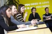 Čisté, moderní a tématicky zaměřené učebny na škole LILA Liverpool