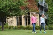 Studentky letního kurzu angličtiny, BSC Cheltenham