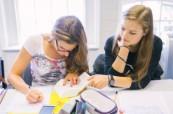 Studenti ve výuce anglického jazyka BEET Bournemouth