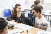 Studenti na jazykovém pobytu během studia angličtiny na škole Milner School of English Wimbledon Londýn Anglie