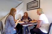 Ubytování v hostitelské rodině je skvělé pro neustále procvičování anglického jazyka