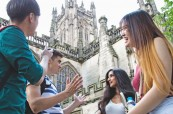Volný čas je nejlepší strávit s přáteli při poznávání nového místa British Study Centres Manchester