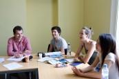 Studenti jazykového kurzu v zahraničí se učí anglicky mnohem snadněji a rychleji