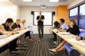 Jazyková škola EC Los Angeles je velice moderní a studenti zde mají vše, co ke studiu angličtiny potřebují