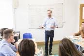 Výuka anglického jazyka se zkušeným lektorem, Milner School of English, Wimbledon Londýn, Anglie