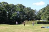 Velká zahrada náležící ke škole v Loxdale u Brightonu