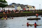 Lidé v Galway jsou velice přátelští a rádi se schází na společenských akcích, Atlantic Language, Irsko